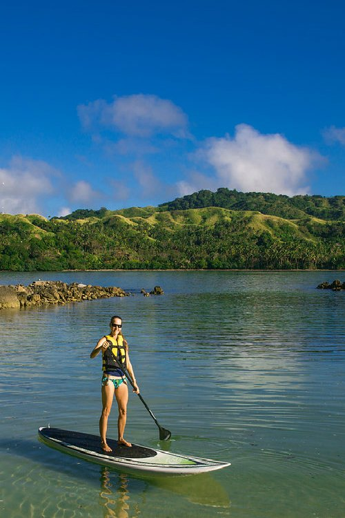 fiji-all-inclusive-paddleboarding