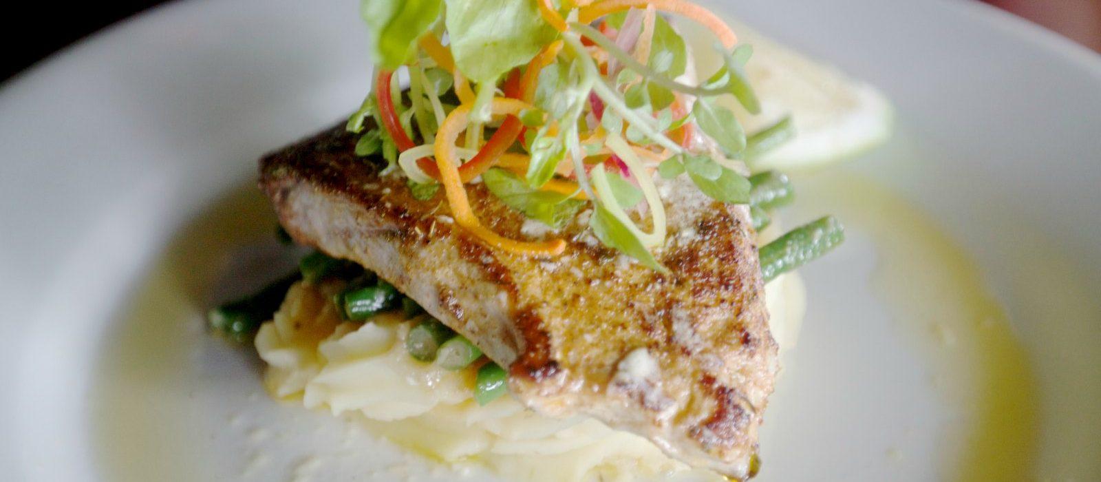 luxury-dining-fiji