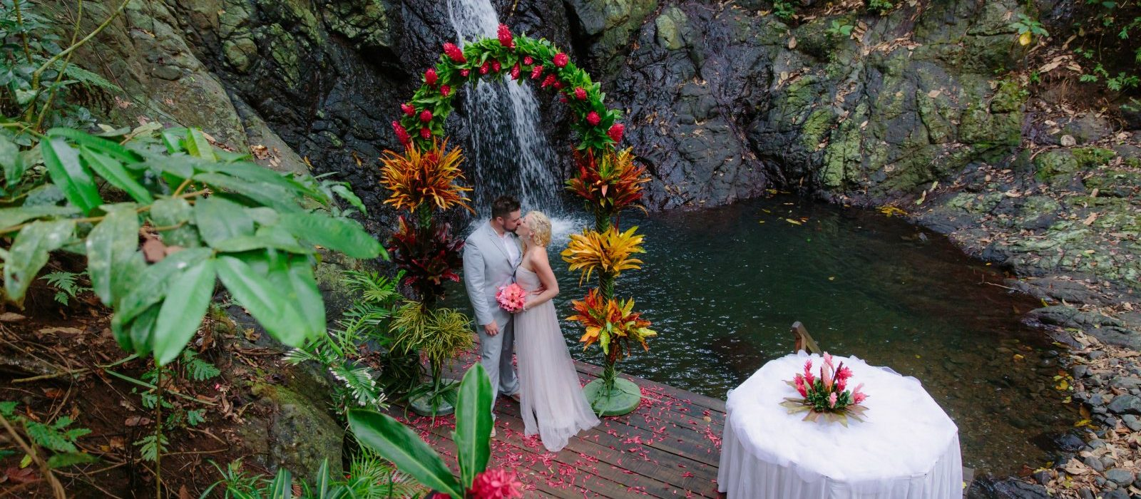 fiji-destination-wedding