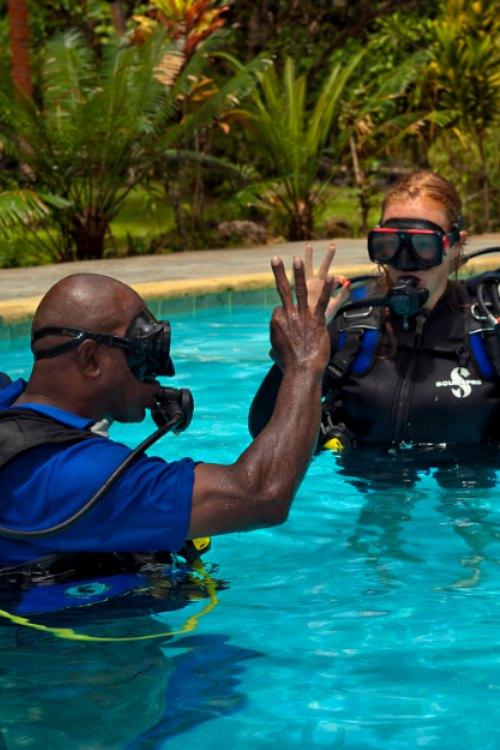 Learn to Scuba Dive in Fiji