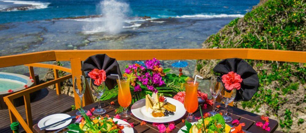 fiji-resort-dining