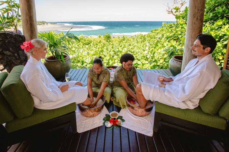 honeymoons-in-fiji-namale