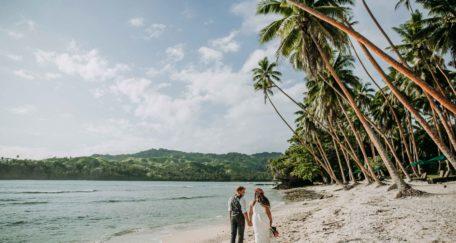 fiji-beach-wedding